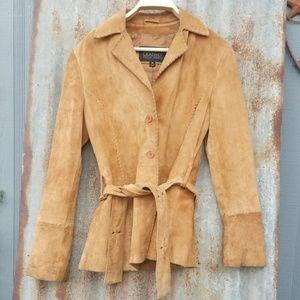 Super cute suede jacket belted